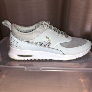 4dada29b Nike Shoes | Womens Court Borough Mid | Poshmark